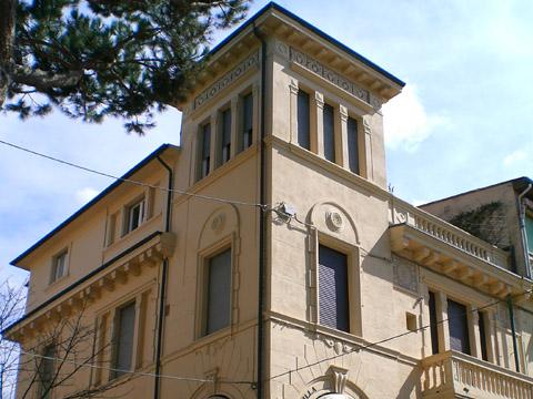 VILLA BOLIVAR – Viareggio (Lu)