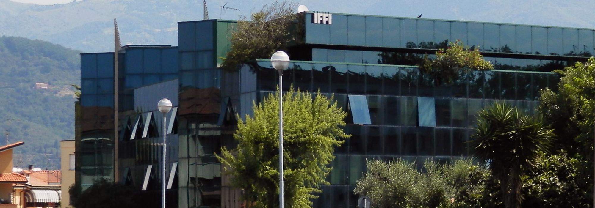 Uffici direzionali, presso Centro IFFI, con ampia terrazza  piano terzo di 145 Mq